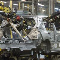 España consigue volver a tener números positivos pese a la caída de ventas de coches