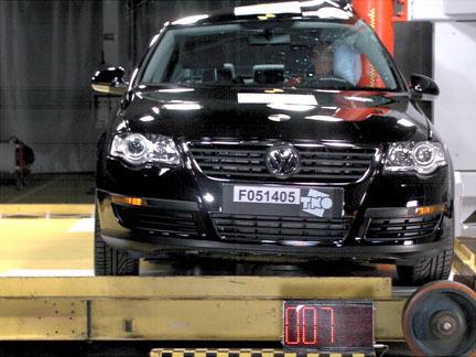 Volkswagen Passat - EuroNCAP