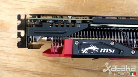 Msi R9 390x 07