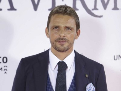 Los famosos españoles sacan sus mejores galas para la premiere de 'Un monstruo viene a verme'