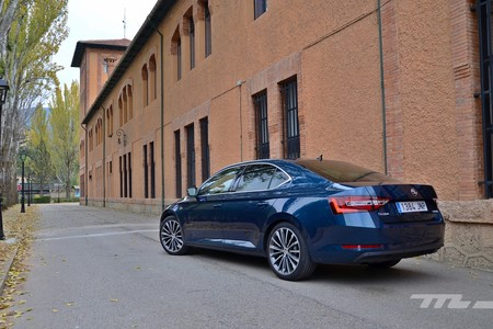 Skoda Superb 2 0 Tdi 150 L K 073