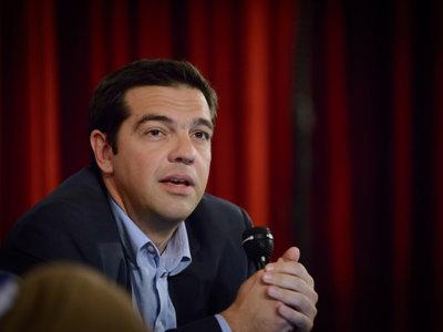 Tsipras convierte el No en Sí y se rinde a las exigencias de la troika