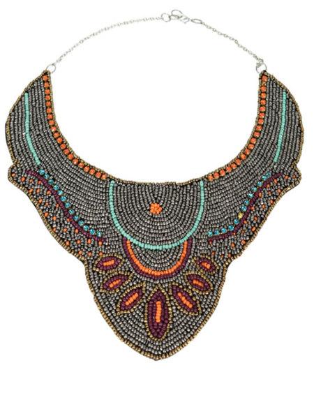 Collar étnico Zara