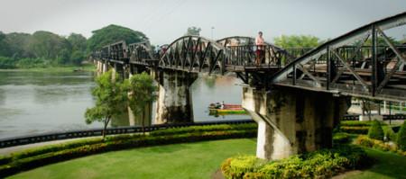 El puente sobre el río Kwai ofrece a día de hoy un bonito paseo