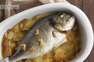 Dorada al horno con patatas. Receta