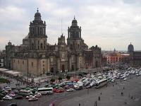 México busca reactivar el turismo de la mano de personajes famosos