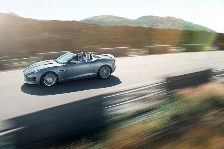 Foto de Jaguar F-Type (17/19)