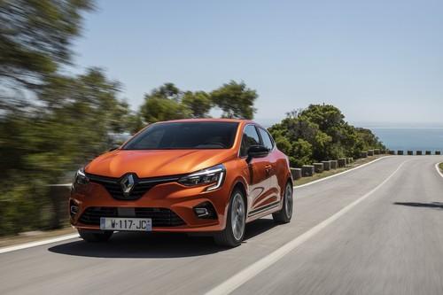 Probamos el nuevo Renault Clio: el eterno utilitario viene ahora con 'tablet' integrada y tendrá versión híbrida y de GLP