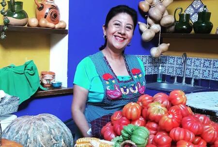 """Cocineras de México ganan premio """"Guardianas de la tradición"""" en el primer congreso mundial de guisaderas en Asturias"""