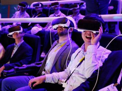 Haciendo amigos en la realidad virtual de Facebook, Samsung y Oculus