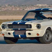 El primer Mustang Shelby GT350R ya es el Mustang más caro de la historia: se ha subastado por 3,36 millones de euros