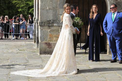 Así es el vídeo donde Yolancris nos enseña el makin of del vestido de novia de María Pombo