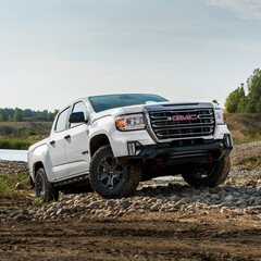 gmc-canyon-at4-off-road-performance-edition