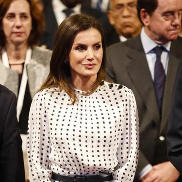 Doña Letizia rescata uno de sus grandes looks del año pasado (y que nos sigue gustando igual)