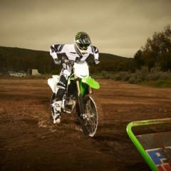 Foto 34 de 42 de la galería nueva-kawasaki-kx450f-2013-de-la-experiencia-del-ama-supercross-y-motocross-a-tu-garaje-accion en Motorpasion Moto