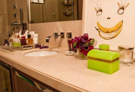 Casas de famosos - lauren santo domingo - baño