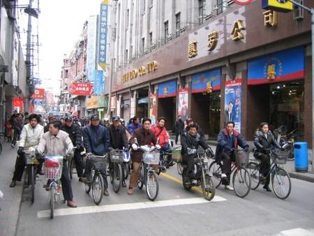 Hay 200 millones de bicicletas eléctricas circulando en China, muchas con incierta temeridad