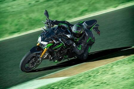 Kawasaki Z900se 2022 04 1200
