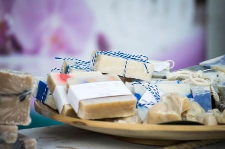Higiene, jabón y olores: una historia sobre los microorganismos que viven en tu cuerpo