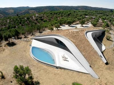 Villa Ypsilon, una casa de antología en las costas de Grecia