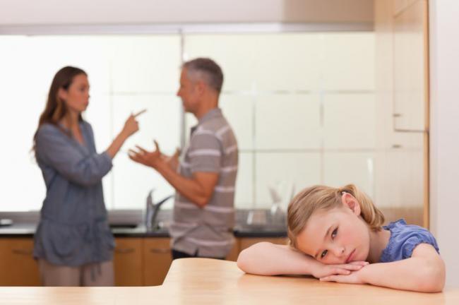 Los Padres Que Se Pelean Perjudican La Capacidad De Los