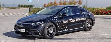 Probamos el Mercedes-Benz EQS: el coche eléctrico de lujo que quiere derrocar al Clase S es más confortable y cuesta casi lo mismo