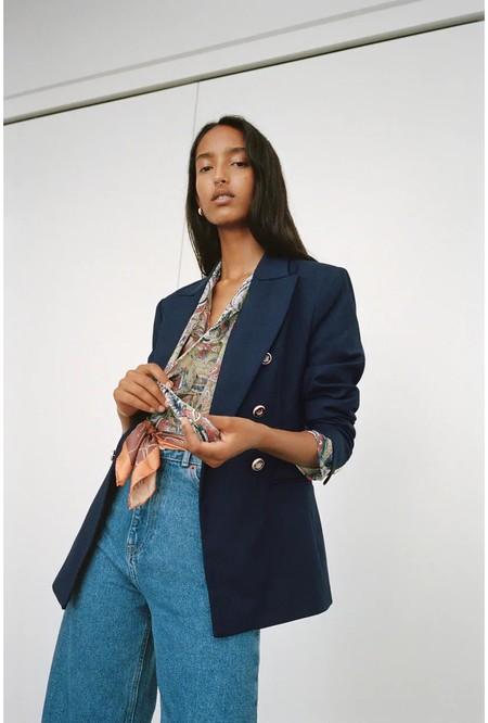 Zara ha incluido nuevas prendas en rebajas y estos 11 flechazos son perfectos para los días de entretiempo