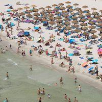 La actividad directa e indirecta del turismo perdería 83.134 millones euros al finalizar en año
