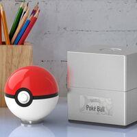 Con esta fantástica réplica de la Poké Ball podrás sentirte como Ash Ketchum, si tu bolsillo te permite gastarte 100 dólares