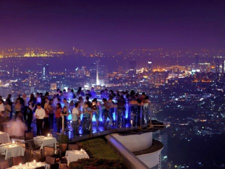Bangkoks Sky Bar Will Have You Feeling Drunk Without A Drop To Drink As It Sits On The Lebua Hotels 63rd Floor 820 Feet In The Sky The Trippy Led Lit Bar Changes Color Every Few Minuteshas Some Of The Most Incredible Views Of The City And Waspromine