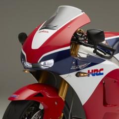 Foto 18 de 64 de la galería honda-rc213v-s-detalles en Motorpasion Moto