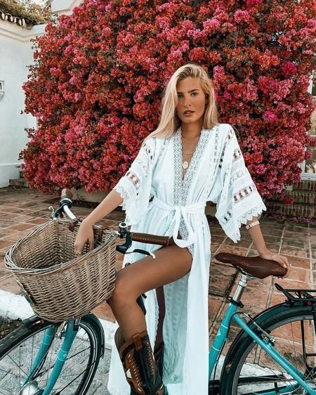 El verano ya ha llegado y estos nueve vestidos de crochet puede que sean tu aliado para las vacaciones