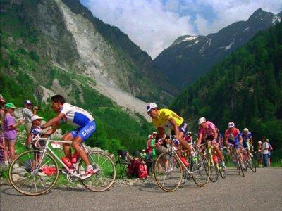 Las 13 etapas más míticas de la historia del ciclismo español
