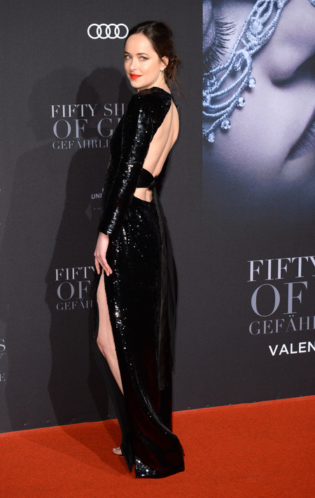 Dakota Johnson Saint Laurent Look Cincuenta Sombras Mas Oscuras Hamburgo 3