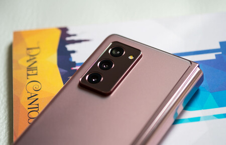 Samsung Galaxy Z Fold 2 Camaras Trasers