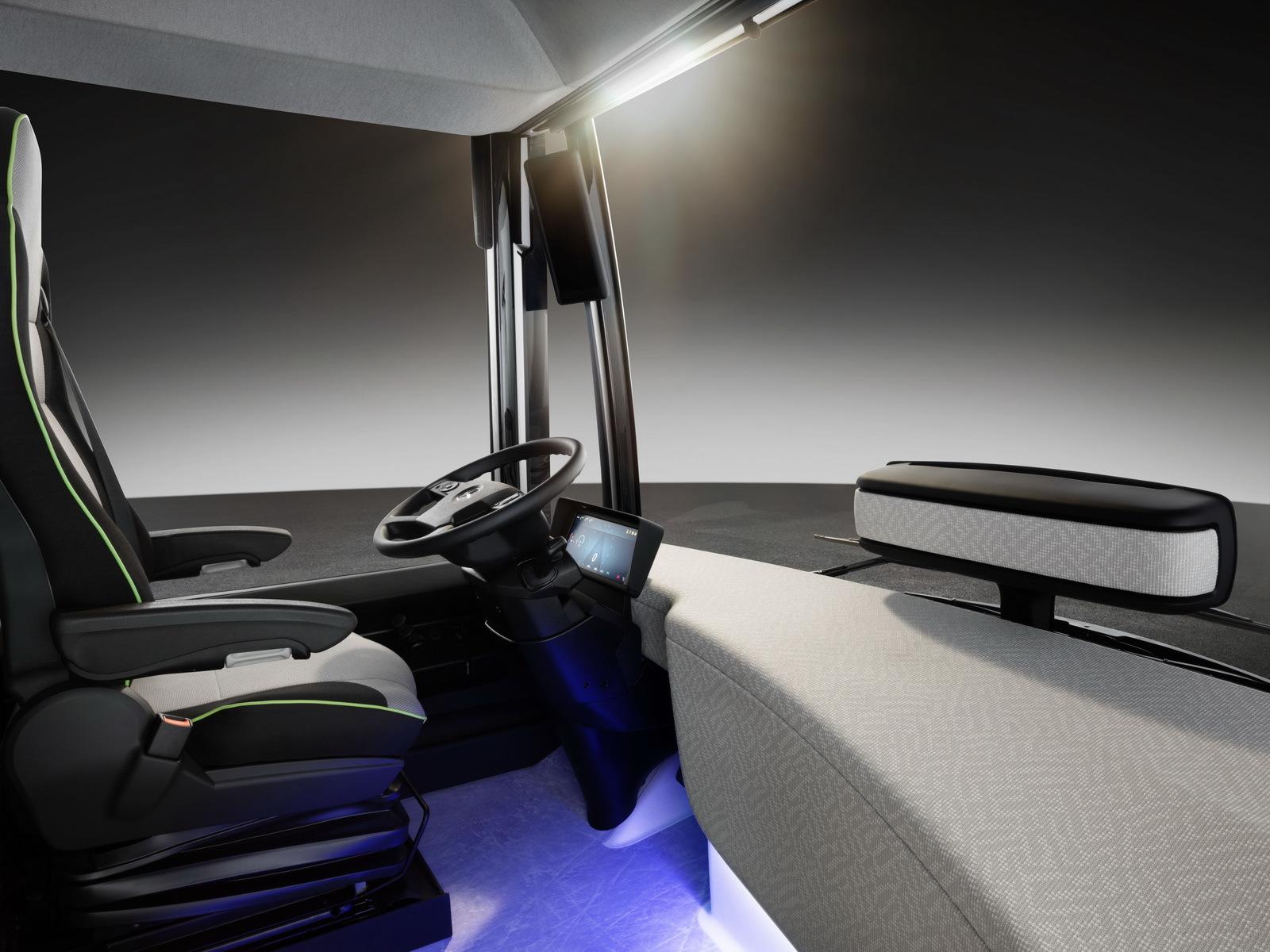 Foto de Mercedes-Benz Future Bus (31/36)
