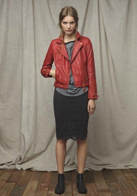 Cazadora roja Zara TRF