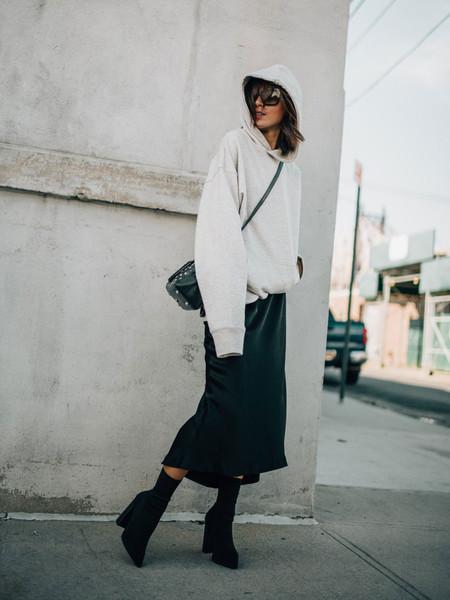 sudadera con capucha street style