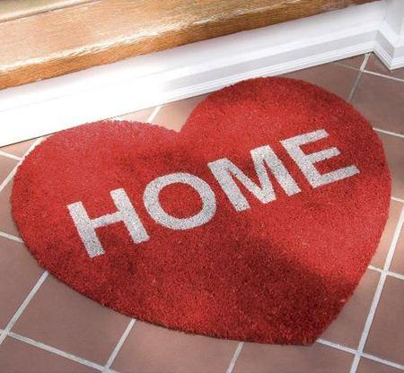 Regalos decorativos para San Valentín: un bonito felpudo