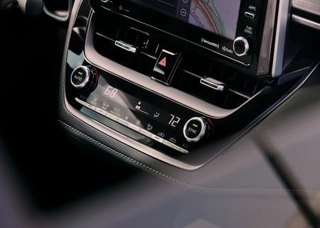 Toyota Corolla Hatchback 2019 1600 44
