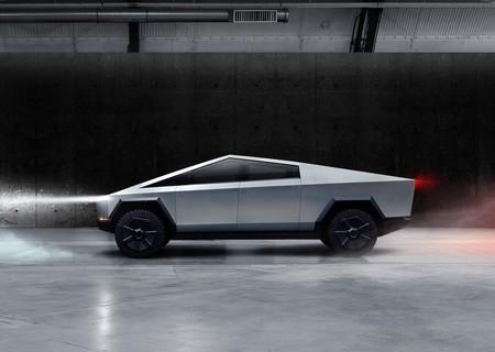 Tesla Cybertruck 2022 1600 04