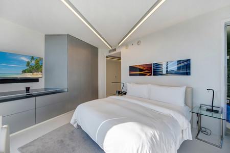 Zaha Hadid Residence W Hotel Tower Collins Avenue Miami Dezeen 2364 Col 3