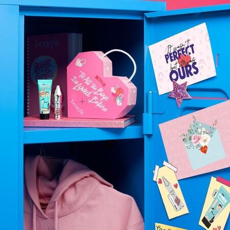 Netflix y Sephora lanzan una colaboración limitada con 3 kits de belleza para celebrar el estreno de 'A todos los chicos de los que me enamoré 3'