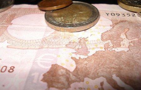 El Parlamento Europeo propone un aumento del salario mínimo