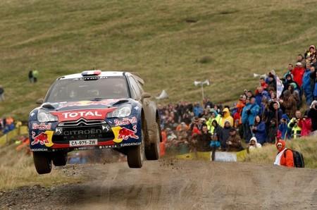 Rally de Gales 2012: Sébastien Loeb a la caza de la segunda plaza