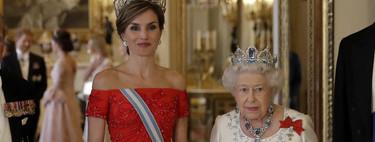 """Estos son los 11 vestidos """"made in Spain"""" con los la Reina doña Letizia vencería a Melania Trump en su primer encuentro"""