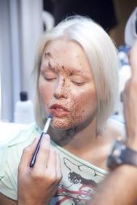 ¿Buscas inspiracíón para Halloween? Mira el look de las modelos en el desfile de Vivienne Westwood