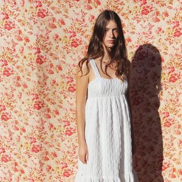 Los 15 vestidos de Zara que se van a agotar para lucir este verano