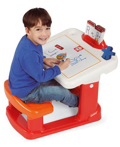 Chicos presenta el Pupitre Educa Aprende a Escribir un juguete perfecto para estimular su imaginación