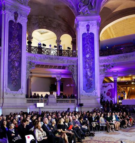 La Fundación L'Oréal premia a veinticinco jóvenes investigadoras